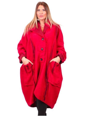 Manteau rouge, forme bulle